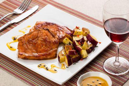 receita-bisteca-suina-com-batata-doce-616436