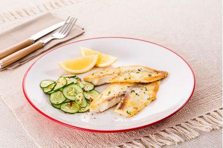 receita-tilapia-grelhada-com-salada-picante-e-pepino-615614--1-