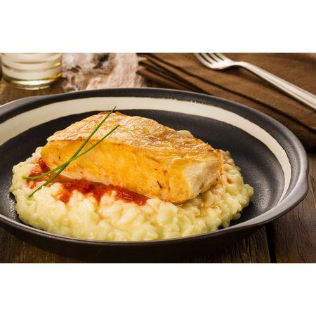 receita-pescada-amarela-com-marmelo-de-tomate-e-risioto-cacio-pepe-616665--1-