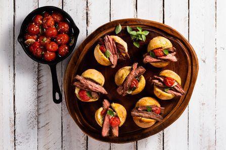 tira-gosto-de-fraldinha-na-churrasqueira-com-tomate-cereja-confit