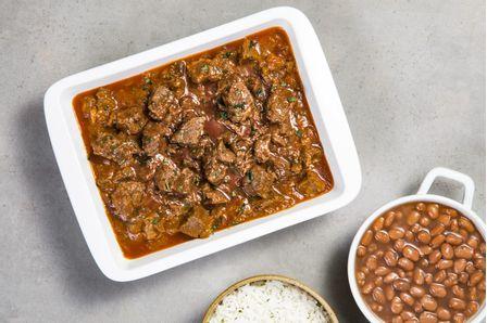 receitas-cubos-de-acem-na-pressao-com-paprica-picante-e-arroz-com-feijao-617729