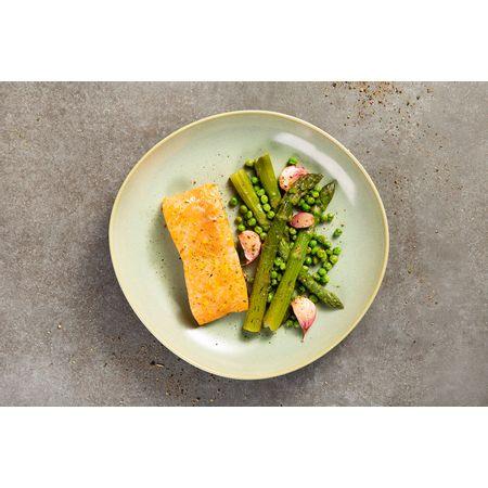 receitas-Salmao-temperado-com-limao-e-ervas-com-legumes-assados-617848