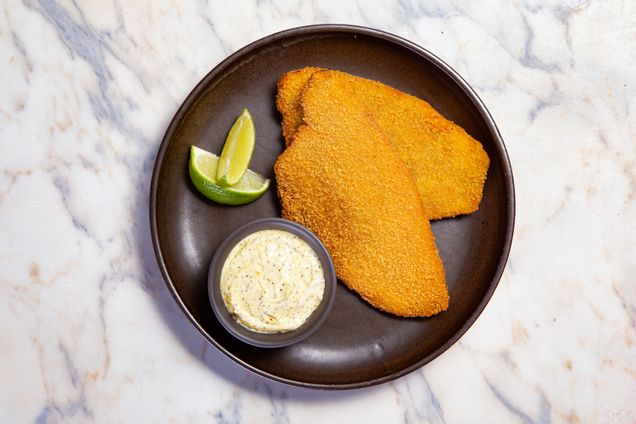 receitas-tilapia-empanada-servida-com-maionese-de-lemon---herbs-618254