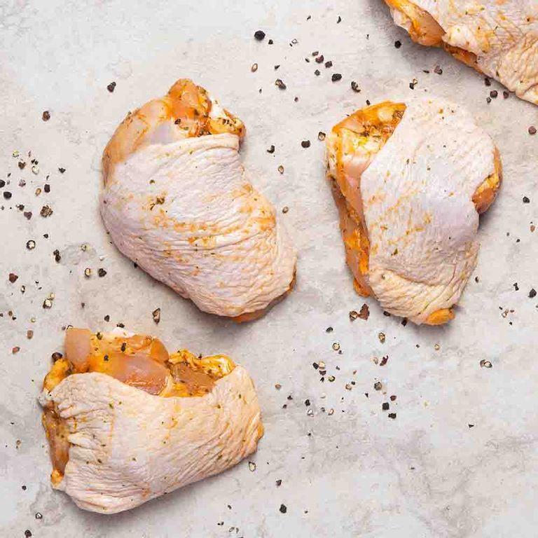 sobrecoxa-frango-temperada-swift-1kg-616860-1